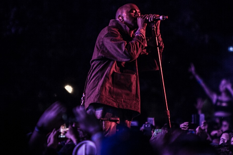 kanye-west-governors-ball-larson-8