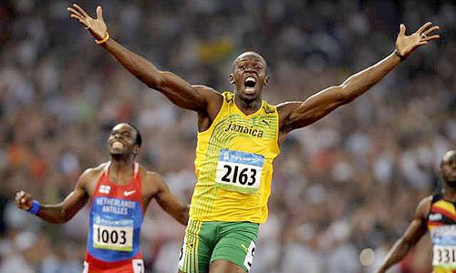 """SOURCE SPORTS: Usain Bolt To Aaron Rodgers: """"Please Stay At Green Bay"""""""