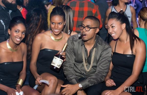Nas and Hennessy girls