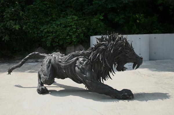 7 lion4 01
