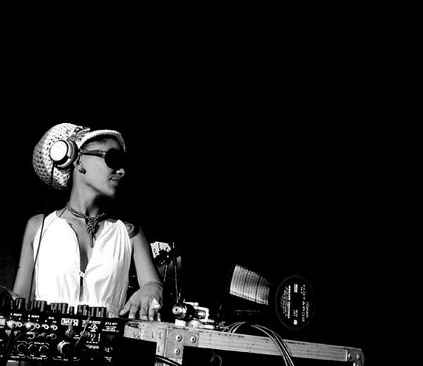 DJ-leydis