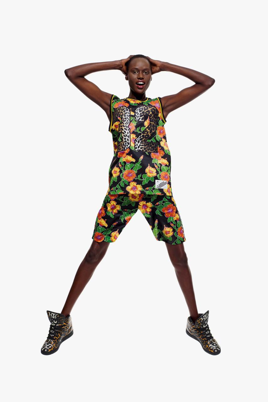 Su fuente Adidas x Jeremy Scott vicios de la colección Primavera / verano