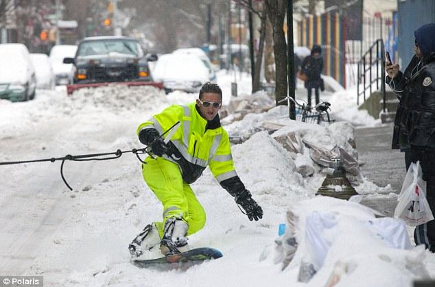 casey, neistat, snowboarding, nyc, streets