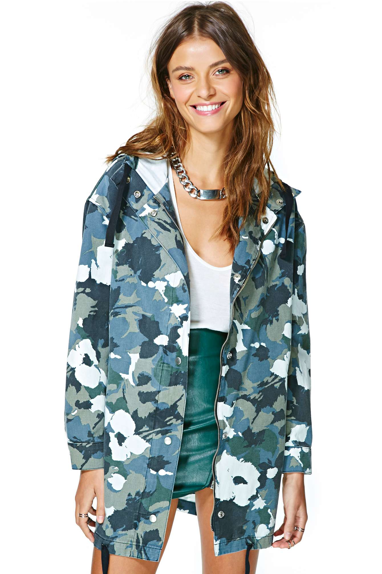 nasty gal, camo jacket, floral jacket, floral camo jacket, her source vices,