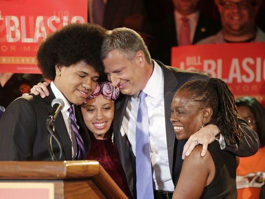 1378876891000 AP APTOPIX NYC Mayors Race DeBlasio