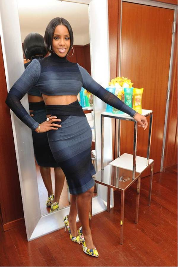 Kelly Rowland Caress Fabulista