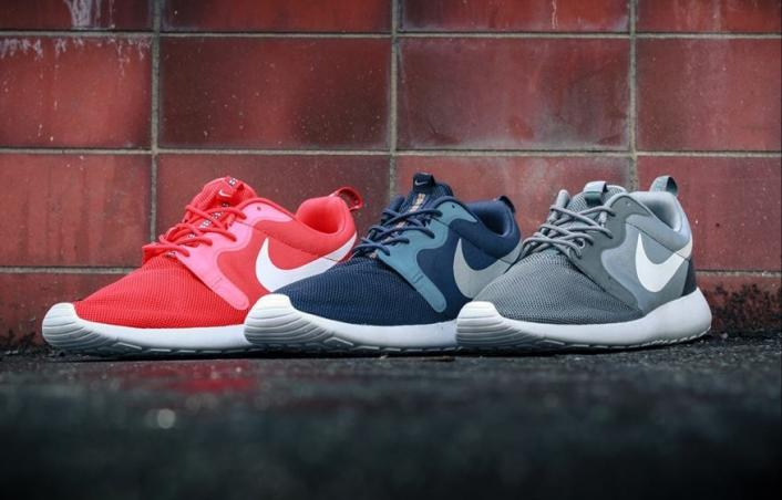 Nike Roshe Run Hyperfuse Light Crimson Pure Platinum Black