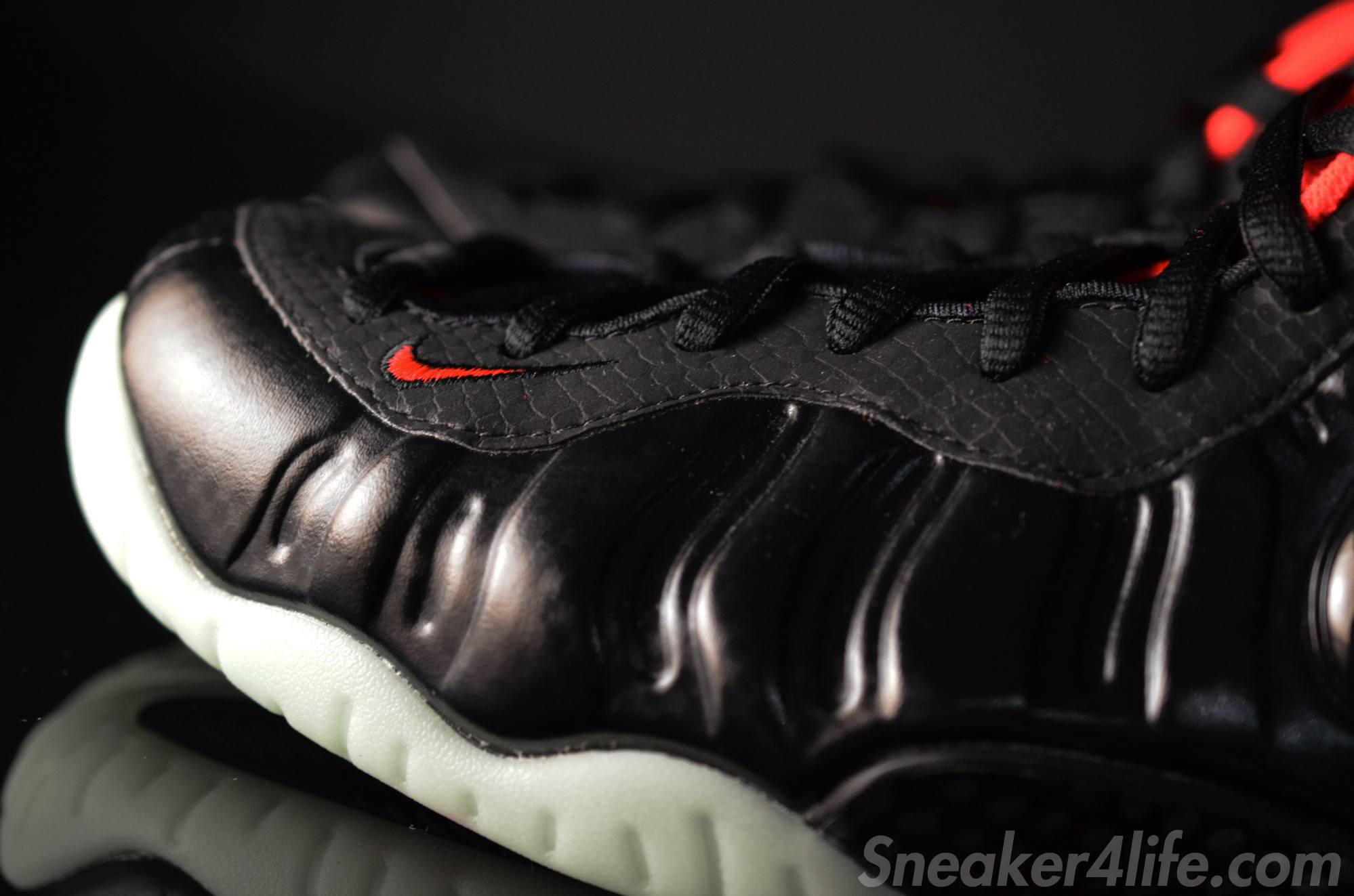 reputable site 147a2 68b29 Sneaker of the Day  Nike Air Foamposite Pro