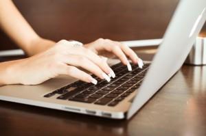 women typing