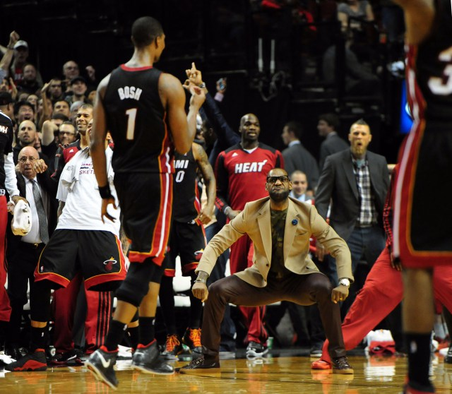 Chris Bosh, LeBron James, Buzzer Beater, Heat, Blazers
