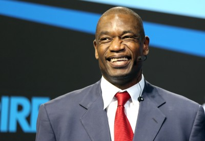 Dikembe_Mutombo_at_the_Aspire4Sport_Congress_in_Doha.