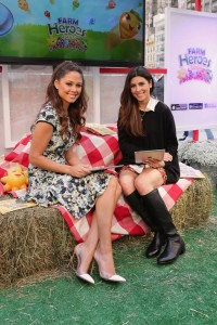 Jamie Lynn Sigler and Vanessa Lachey Game Play