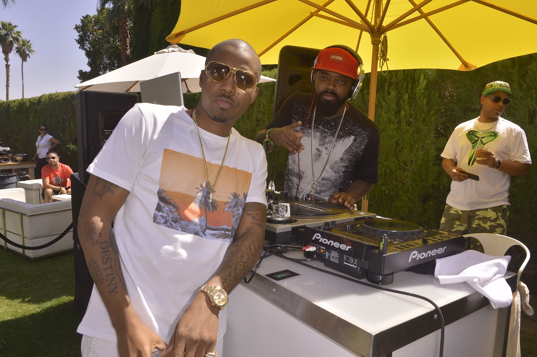 Nas and Jermaine Dupri at The Music Lounge Hennessy Party