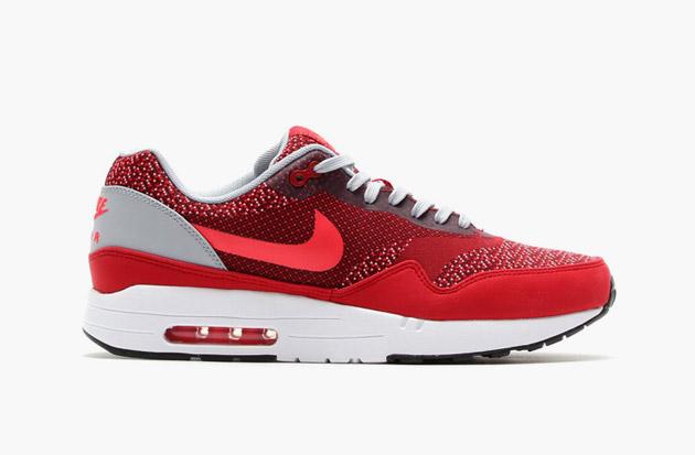 online store af82c de28a Nike Air Max 1 Crimson