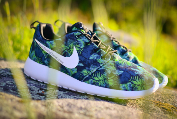 chpgtp Check Out These New Poison Green Roshe Runs! | The Source