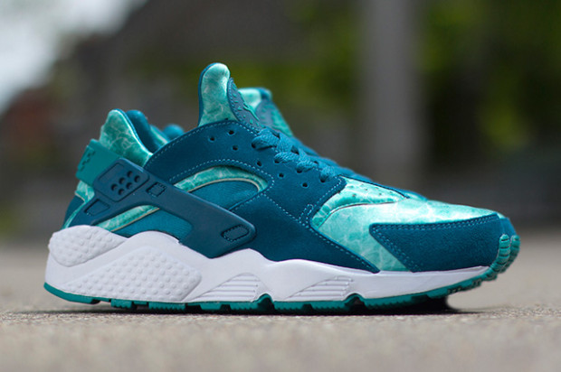 Nike Air Huarache Green Blue