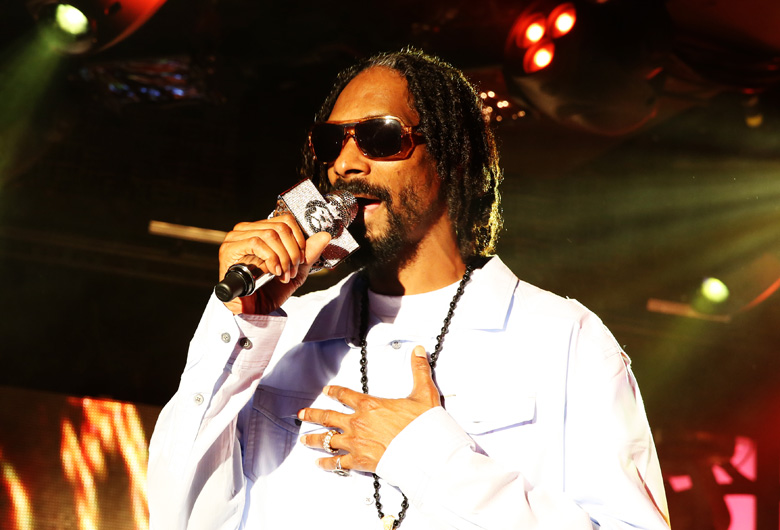 Snoop Lion mic