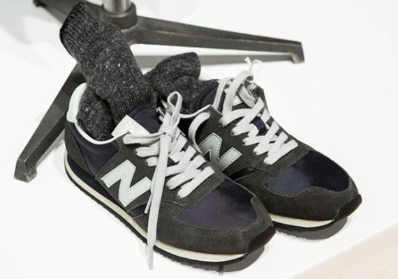 Podrido Alfabeto Persona australiana  The Source |Sneaker Of The Day: Margaret Howell x New Balance 402