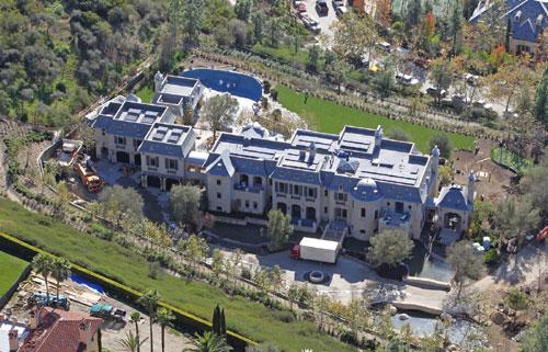 bundchen-brady-mansion-1
