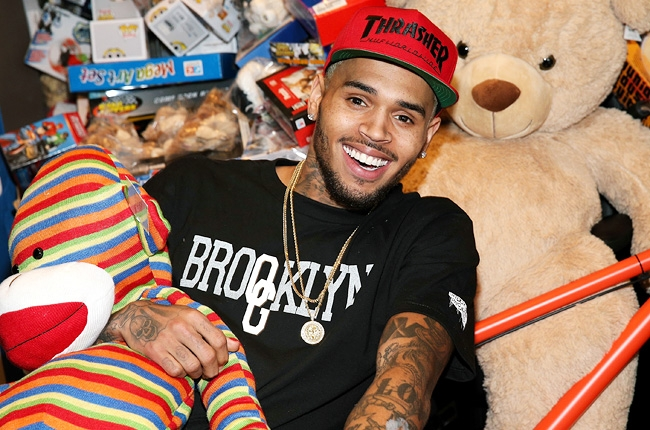 chris brown host a toy drive