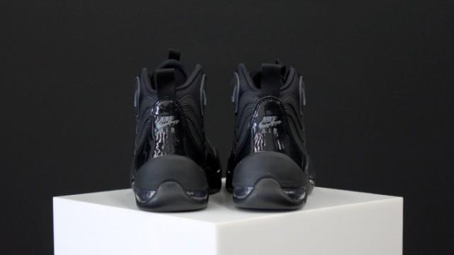 Nike-Air-Bakin-Blackout-4-e1405347562400