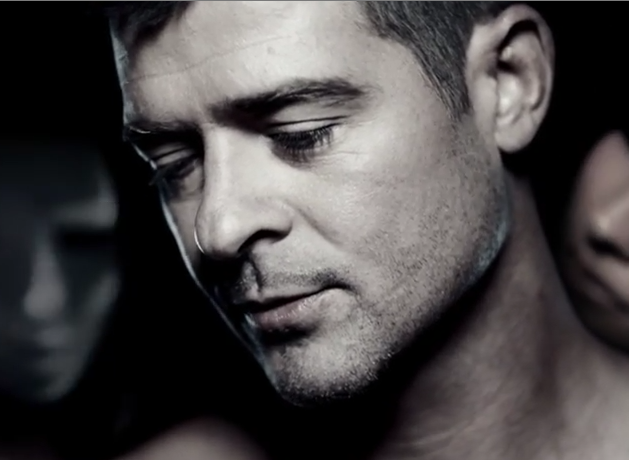 Robin Thicke First Week Sales Trey Songz Hits Daily Double Paula
