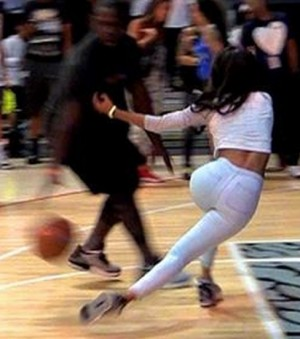 Teyana Taylor Crossed Over  e