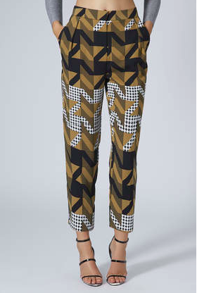 topshop, her source vices, fashion, dogtooth print peg trousers, printed trousers,