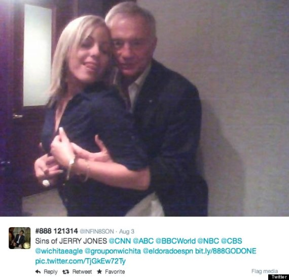 Jerry Jones speaks on photos