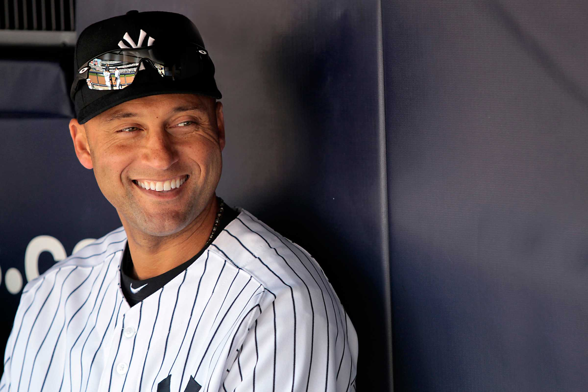 Curtain Call: The Baseball World Embraces Derek Jeteru0027s Final Game At  Yankee Stadium