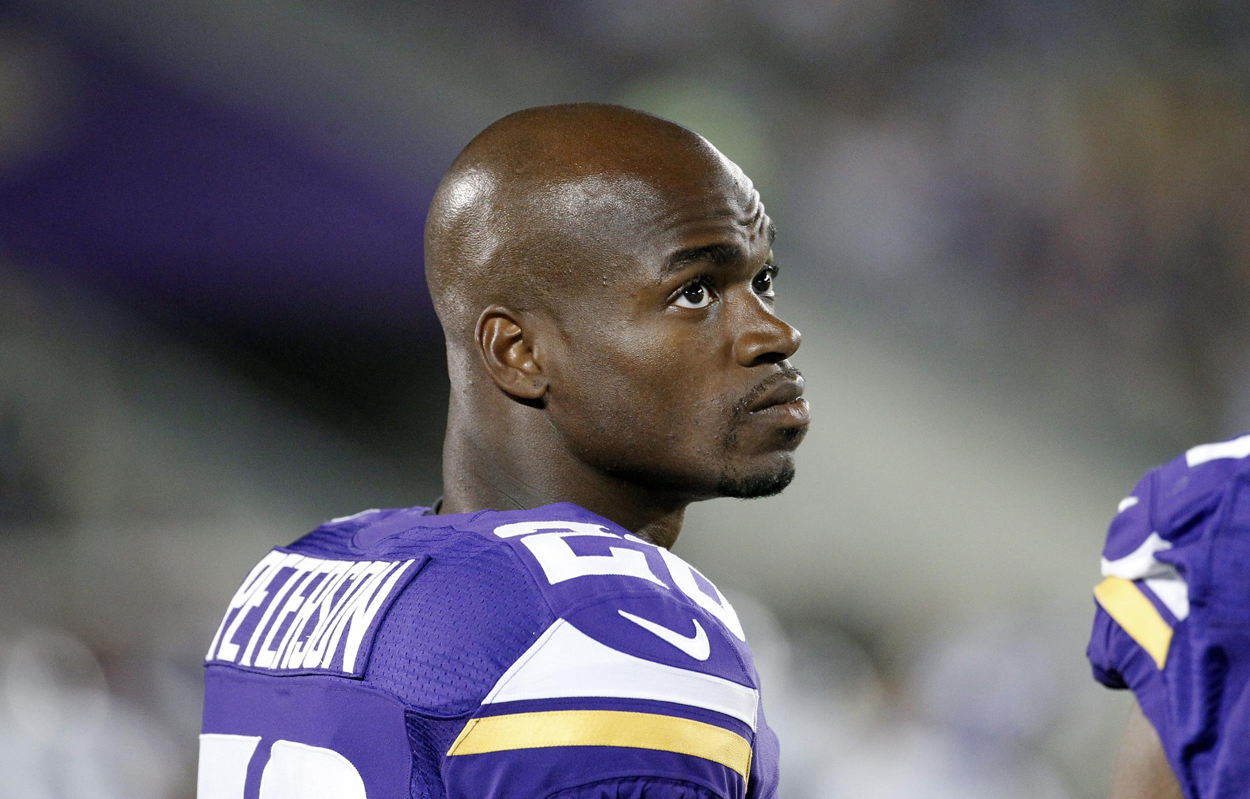 Adrian Peterson Signs a One Year Deal with the Washington Redskins