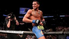 Pettis-UFC-181