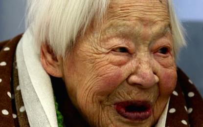 https://www.google.com/search?q=oldest+person+alive&biw=1191&bih=610&source=lnms&tbm=isch&sa=X&ei=NWfAVPGoGaW0sATT64LQDg&ved=0CAYQ_AUoAQ#tbm=isch&q=oldest+person+alive+2014&revid=1871142565&imgdii=_&imgrc=Dmm_MJEm1FP1LM%253A%3Bm5WY0S7Gj2uj6M%3Bhttp%253A%252F%252Fjapandailypress.com%252Fwp-content%252Fuploads%252F2014%252F03%252Ffark_o1hrKA3U-WGfqnrCIJ1jNKLWg80-415x260.jpg%3Bhttp%253A%252F%252Fjapandailypress.com%252Fworlds-oldest-person-says-eating-sushi-sleeping-well-is-key-to-long-life-0345157%252F%3B415%3B260