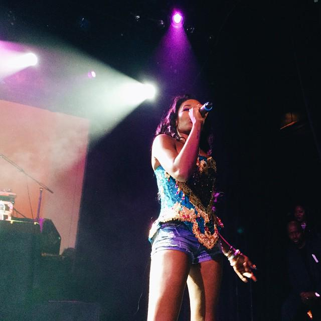 Azealia Banks Breaks Up Fight | Hip Hop News, Music and Culture | The Source