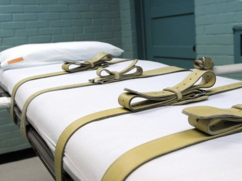 lethal injection bed