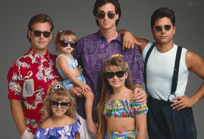 The Cast Photo For Lifetimeu0027s U0027Full Houseu0027 Movie Is Unintentionally  Hilarious