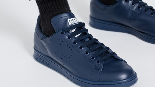 Raf Simons x adidas Originals Stan Smith 2015 Fall Winter Collection ... 915a97519