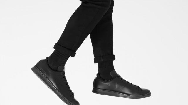 4f0c8c6c301981 Raf Simons x adidas Originals Stan Smith 2015 Fall Winter Collection ...