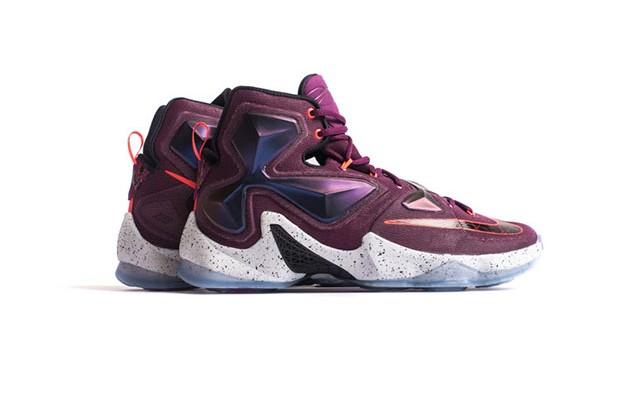 Nike Lebron  Mulberry