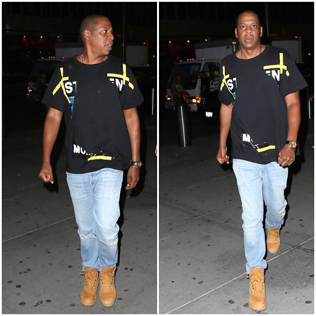 Jay-Z-wearing-Off-white-CO-Virgil-Abloh-Under-Water-shirt-to-U2-Concert-Beyonce-11