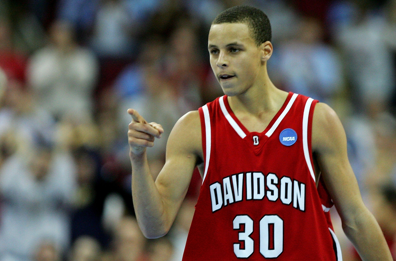 7ce78f6b8 Davidson College Won t Retire Stephen Curry s Jersey Until He Graduates