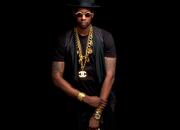 Chainz Donates House to Family of 11