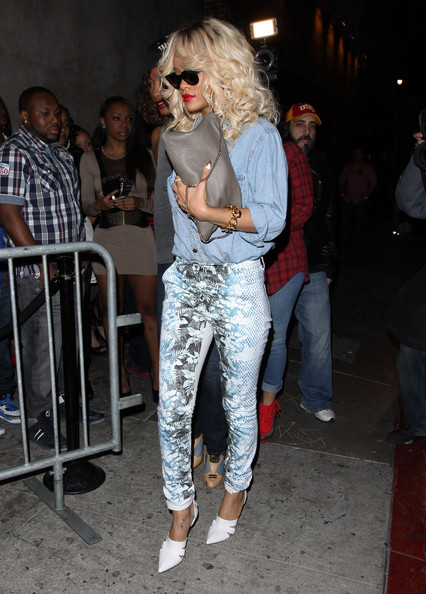 Rihanna-Alexander-Wang-Floral-Printed-High-Risy-Skinny-Jeans-Alexander-Wang-Runway-Cut-out-detail-ankle-strap-pumps-Vlieger-Vandam-Guardian-Angel-Clutch