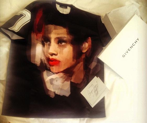 Rihanna Custom Givenchy Tee shirt Riccardo Tisci