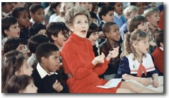 "Nancy Reagan at school ""Just Saying No"" with students"