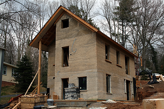 We-Should-Try-This-Hempcrete-house