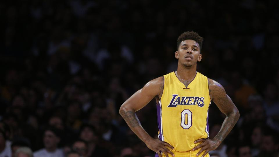 new product 47e2d b571b Nick Young Signs with the Golden State Warriors