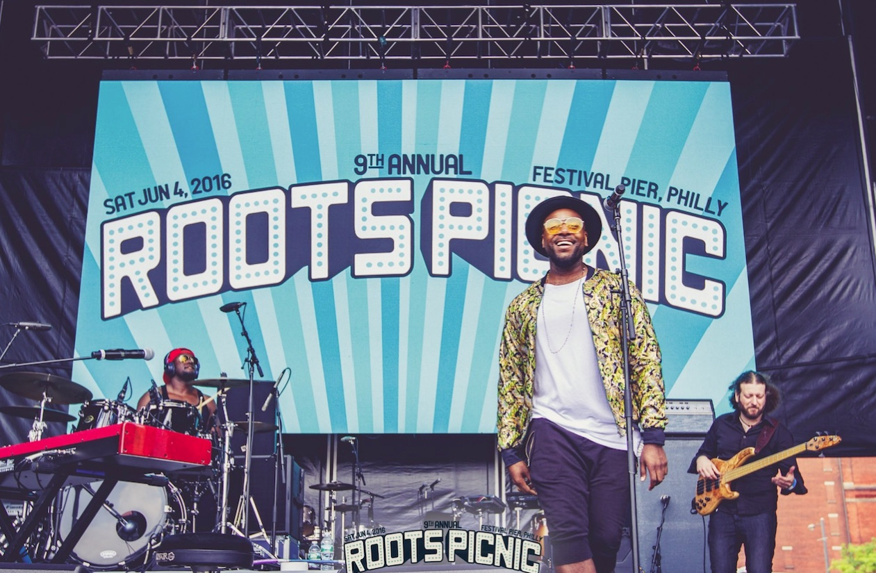 Jodie Abacus performing at The Roots Picnic.