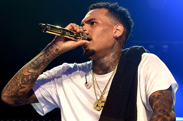 chris-brown-iheartradio-mad-2015-billboard-650