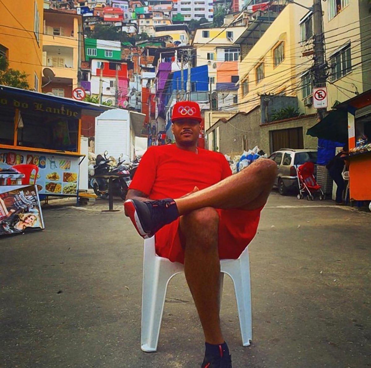 CarmeloIn Favelas